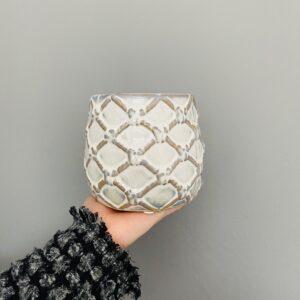 Dekoracyjna, ceramiczna, szkliwiona osłonka